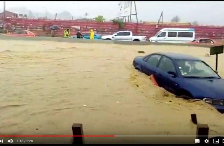 Pluie diluviennes: Abidjan sous les eaux